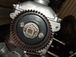 8516 jpg make sure the arrow in the camshaft belt sprocket lines up the line in the cylinder head