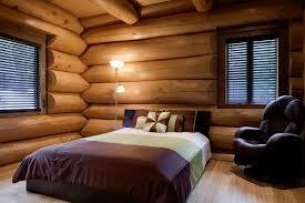 maison de bois ronde avec technique scandinave sculpté à la main