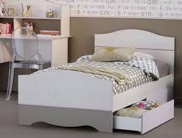 Schlafzimmer Altrosa Streichen