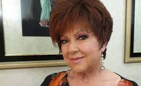 La 77enne canterà quando ti sei innamorato, brano scritto da francesco boccia e ciro esposito. Sanremo 2021 Orietta Berti Calca Il Palco Con Quando Ti Sei Innamorato