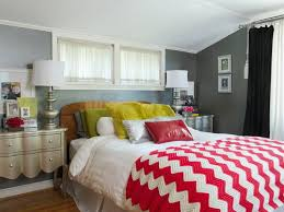 decorating small bedroom. The Best Ideas For Decorating Small Bedrooms Bedroom