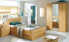Bettenstefan Schlafzimmer Teilmassiv Zu Attraktiven Preisen