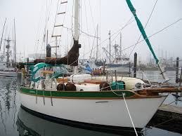 marketed as an alternative to the pricier westsail 32 this pact cruiser is capable of offs voyageing