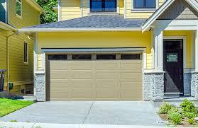 color garage doors best 25 garage door colors ideas on