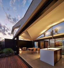 Tunnel House by Modo Architecture