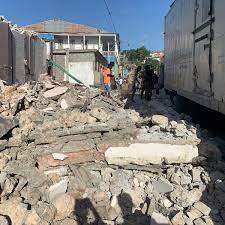 Haiti earthquake: Thousands feared dead ...