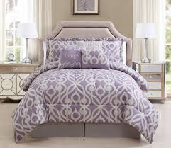 Lavender Quilts Color is a Very Pleasant Tone | HQ Home Decor Ideas & Image of: Lavender Quilts Set Adamdwight.com
