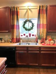 Kitchen Sink Window Makeovermonday Transforming The Kitchen Sink Window To Christmas