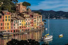 Was ist der beste Weg, den italienischen Urlaubsort Portofino zu sehen?