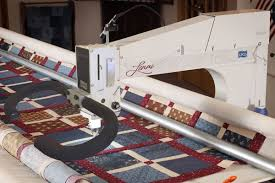 What is the difference between the 5 APQS longarm quilting ... & What is the difference between the 5 APQS longarm quilting machines?   APQS Adamdwight.com