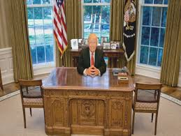 oval office desk. Which Of These 6 Oval Office Desks Will Donald Trump Pick? Place .. | Desk
