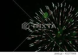 花火 花火大会 綺麗 神秘的の写真素材 Pixta