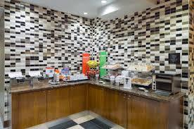 hampton inn manhattan madison square garden area 152 2 2 1 updated 2019 s hotel reviews new york city tripadvisor