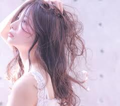 綺麗な巻き髪が作れる人気のホットカーラー特集 Arine アリネ
