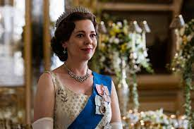 The crown is a historical drama television series about the reign of queen elizabeth ii, created and principally written by peter morgan, and produced by left bank pictures and sony pictures television for netflix.the first series was released on netflix on 4 november 2016, the second on 8 december 2017, the third on 17 november 2019, and the fourth on 15 november 2020. Netflix Serie The Crown Konigliches Serien Vergnugen Glamour
