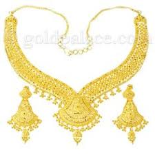 traditional indian gold jewelry