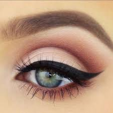 pretty neutral pink smokey eye look try lily lolo s smoke and mirrors eye palette bridal makeup for green eyes inspiration ideas