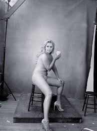 Amy Schumer Serena Williams Pose Nude for Pirelli s 2016 Calendar