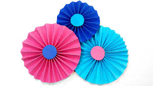 diy making simple paper rosettes flower tutorial backdrop paper flowers decorations easy for kids