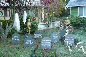 How to Decorate Your Garden for Halloween Picture