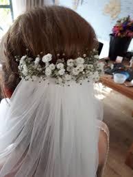 Bruidskapsel Met Sluier Verse Bloemen Gipskruid Hairclusief