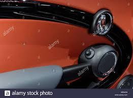 Interior door panel detail of a 2007 MINI Cooper S with piano ...