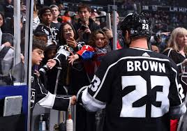 Brown Breaks Finger In Final Tune Up Is Out Indefinitely