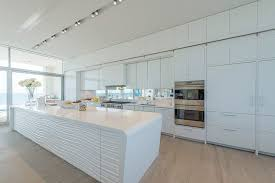 modern white kitchen. Kitchen Design Ideas - White, Modern And Minimalist Cabinets // White  Cabinetry, White Modern Kitchen
