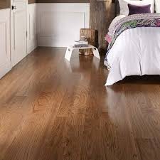 pergo max 5 36 in w prefinished oak locking hardwood flooring gunstock oak at lowes