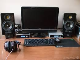 Adam artist 5 : potenti compagne da scrivania stereo head