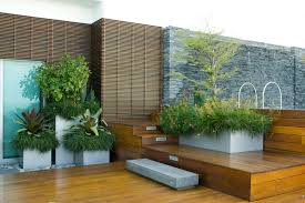 Magnificent Modern Rooftop Garden Plans With Large Green Grass ...