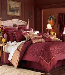 Burgundy And Gold Bedroom Ideas 2