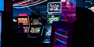 How to Manipulate a Slot Machine: the Easiest and Hardest Tricks |  GamingZion