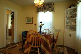Living Room Furniture Seattle Mismatched Dining Chairs In Traditional Living Room Design And