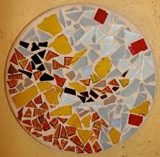 Abstract round trivet by Jacqueline Barnett | Seattle Mosaic ArtsSeattle  Mosaic Arts