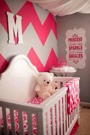baby girl nursery decorating themes