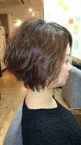 くせ毛こそ似合う髪型はショート With シニア 髪型 Divtowercom