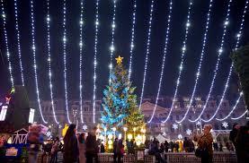 Nbc News Christmas Lights Festive Holiday Lights Brighten The Season