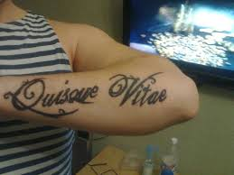 мужские тату надписи татуировки 52 фото