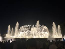 Light Show Fountain Barcelona Wednesday And Sunday The Fountain Of Montjuic Lights Up And