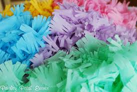 how to make fringed crepe paper streamers