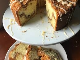 Seriously, after tasting this cake, i question why anyone would resort to eating full fat desserts when you can have the real thing with less fat, or at least close. 421 Sour Cream Coffee Cake Store Bought Is Fine