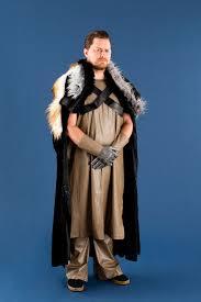 bend the knee with this diy jon snow costume