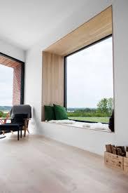 Filigraner Holzrahmen Innenarchitektur Sitzfenster Fensterbänke