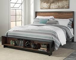 Signature Design by Ashley Stavani King Platform Bed w Storage