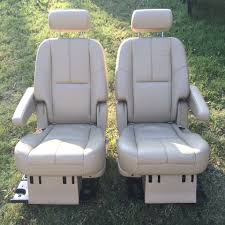 2007 2016 chevy chevrolet tahoe tan leather second row captains seats