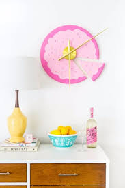best diy room decor ideas for teens and teenagers diy sliced cake wall clock