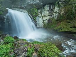 photo essay wondrous waterfalls of western north carolina  looking glass falls