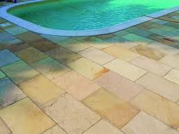 Piastrelle Antiscivolo Per Piscina : Piastrelle per bordo piscina piantare le piante migliori