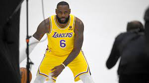 Lakers biggest concern is fit, not age ...